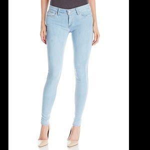 Levi's Junior's 535 Super Skinny Jeans